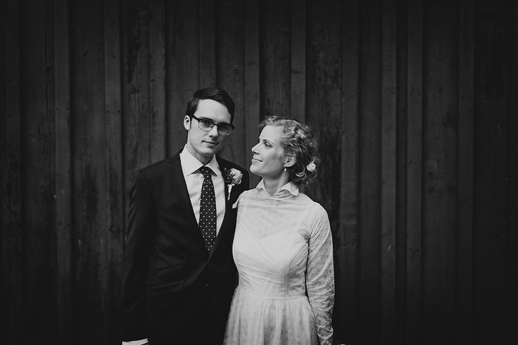 A hot Summer wedding in September   Ingrid and Leonards preview   the blog