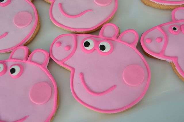 """Photo 4 of 41: Peppa Pig / Birthday """"{Peppa Pig Party}"""" 