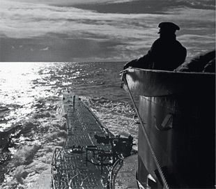 U-Boats ~ U-96 on Patrol ~ The boat - The photographs of Lothar-Günther Buchheim ~ BFD