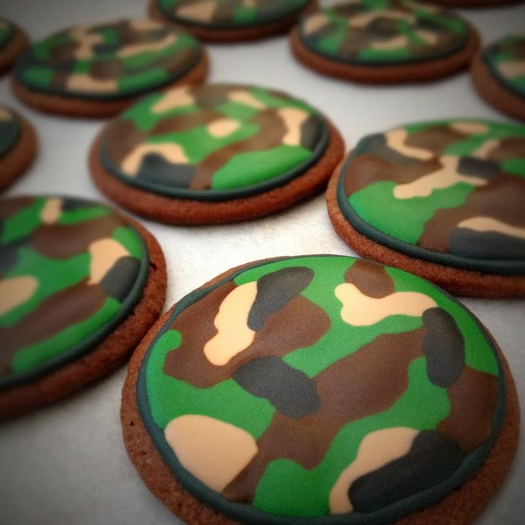 army sugar cookies | camouflage & u.s. army star cookies & royal icing recipe