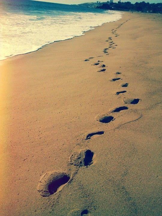 marisel@reflexiones.com: Las huellas en la arena