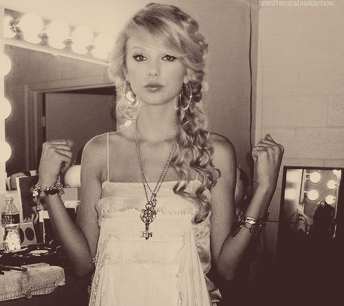 Taylor Swifts old hair. I want it!!!