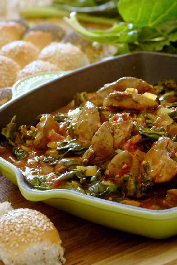 Spicy Chicken Livers with Spinach: so easy to make using a #Knorr Chicken Stock Pot! Serve with warm rolls...   #StockPotRecipes