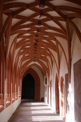 Mainz, St. Stephan, Kreuzgang (cloister)