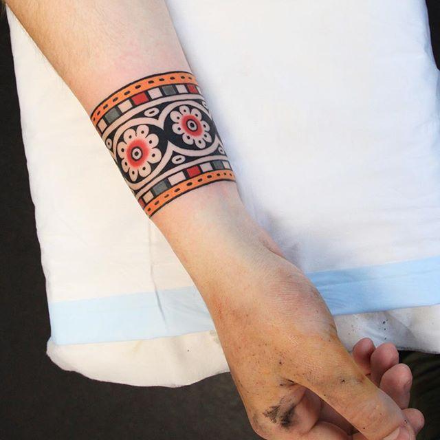 Intricate Wrist Cuff Henna Tattoo Stencil: The 25+ Best Cuff Tattoo Ideas On Pinterest