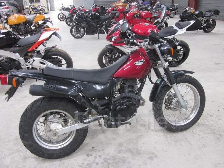 http://www.lacentrale.fr/moto-occasion-annonce-27236294.html