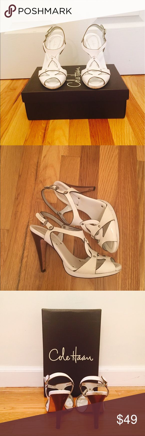 🇺🇸Sale❗️Cole Haan White Sandals❗️ 🇺🇸Sale❗️Today only❗️White Cole Haan Sandals! Combination Calf and Patent Leather! Gently worn. Color transfer by right heel and little wear on heels. size 7❗️🇺🇸 Cole Haan Shoes Sandals