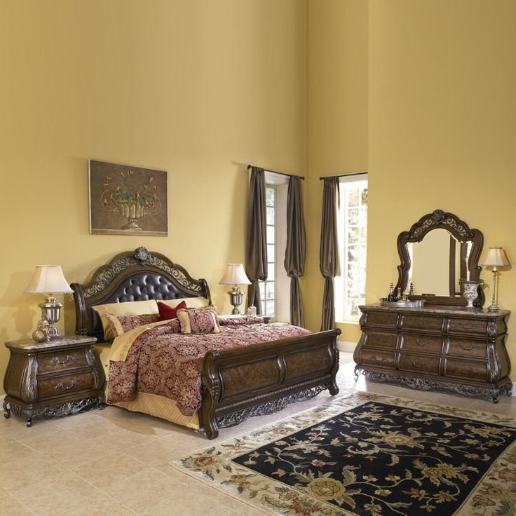 Bedroom Classic Old Style Bedroom Furniture Set With Floral Pattern Rug The Magnificent Furniture Set For