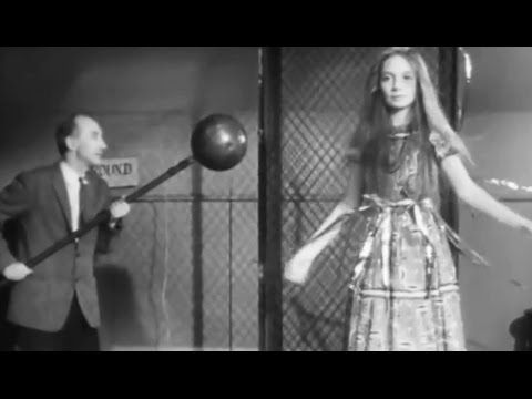 """Electric Charges: """"Coulomb's Law"""" 1959 PSSC; Eric Rogers; Princeton University https://www.youtube.com/watch?v=J1uN3o6UwSg #physics #electricity #science"""