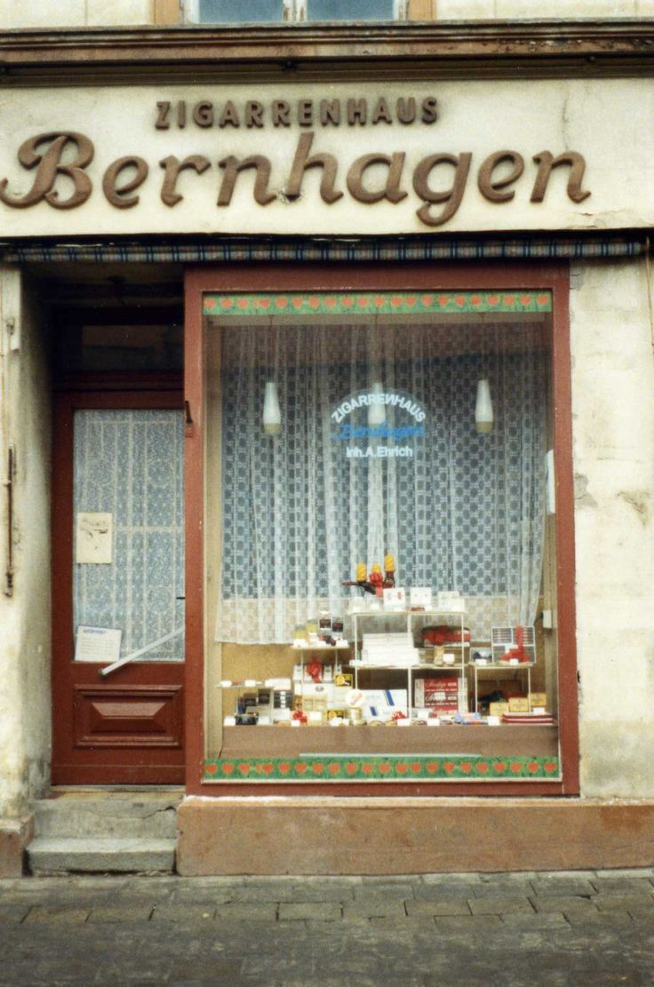 Shop in Greifswald, January 1990