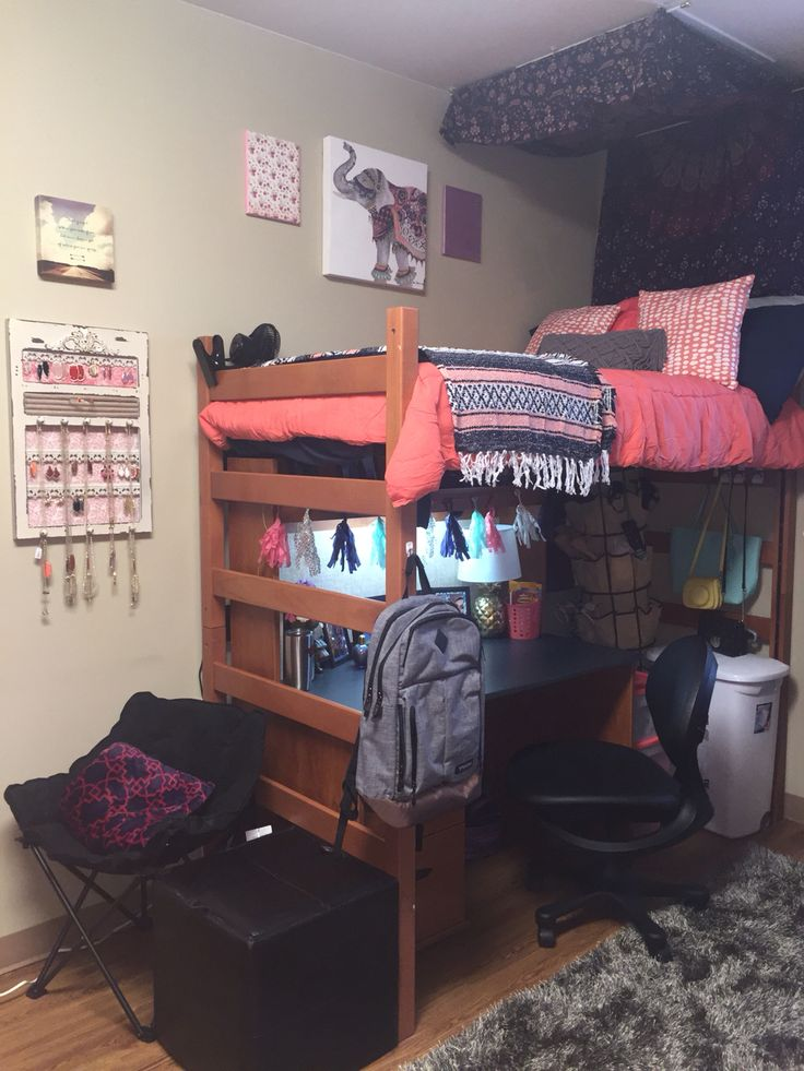 Boho Style Dorm Decor At Maple Hill South In University Of Arkansas