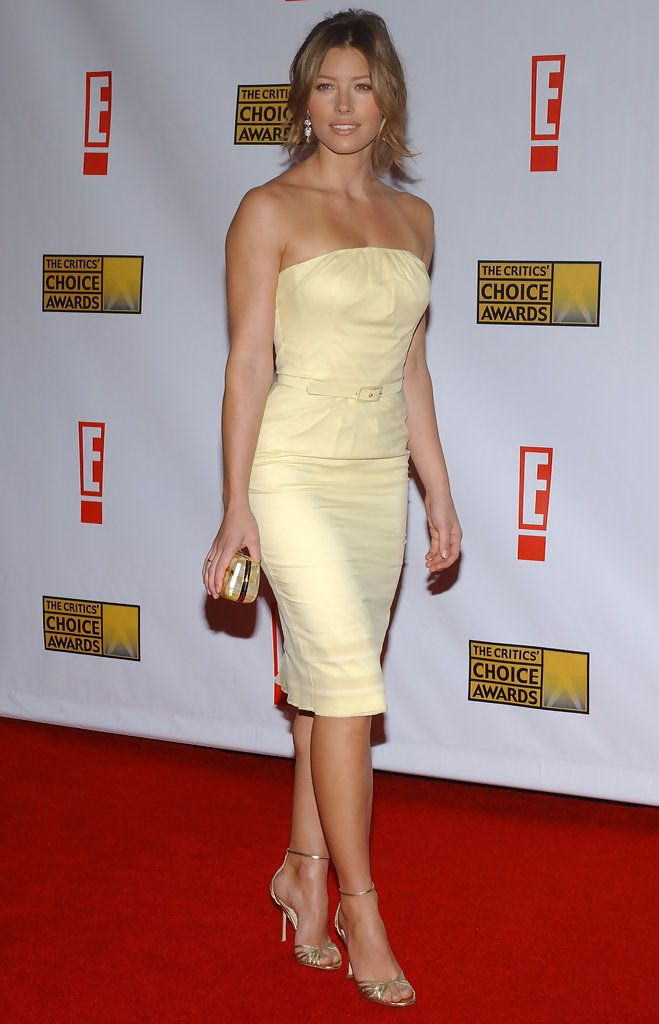 http://www.zimbio.com/photos/Jessica Biel/12th Annual Critics Choice Awards/LSqhYfQCsJE