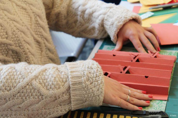 Piegatura  e taglio della carta / Folding and cutting paper