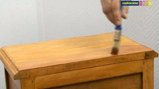 Comment vernir un meuble