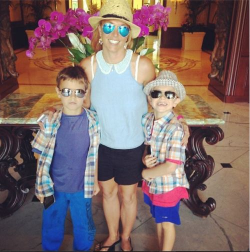 Britney Spears: Brunch With My Boys