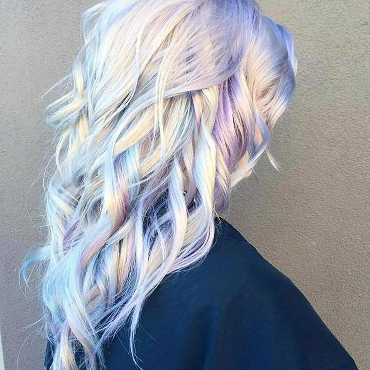 Holographic Hair is The Latest 2017 Hair Trend - 2017 Hair Trends