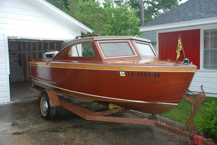 1958 Holmes Hardtop Runabout Cool Classic Wooden Boat