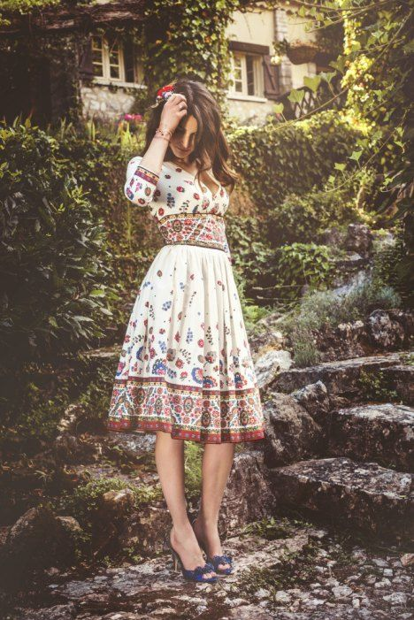 http://pinup-fashion.de/15190/new-lena-hoschek-en-provence/