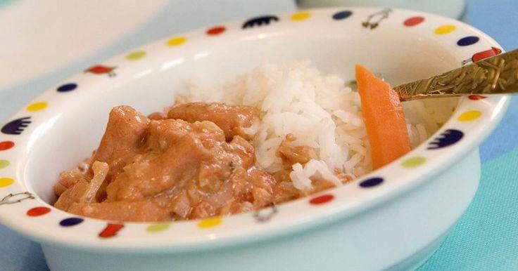 Enkel och snabb korvgryta då middagen måste bli klar fort. En variant av korvstroganoff som passar såväl liten som stor.