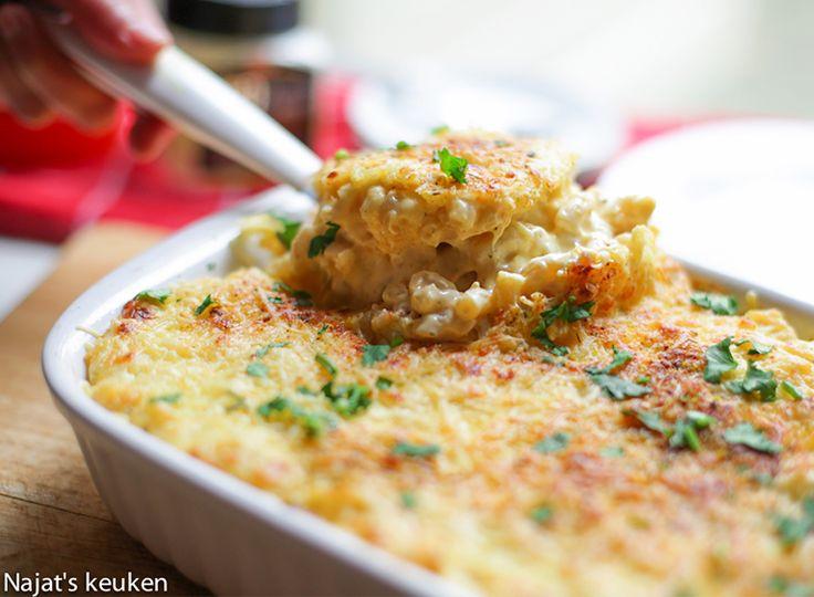 Real comfort food! Dan denk ik al gauw aan de 'Mac and Cheese.' Het is heerlijk maar ook zeer eenvoudig te maken en binnen een half uur op tafel. De smaak is zeer romig, smaakvol aan kaas met een dun…