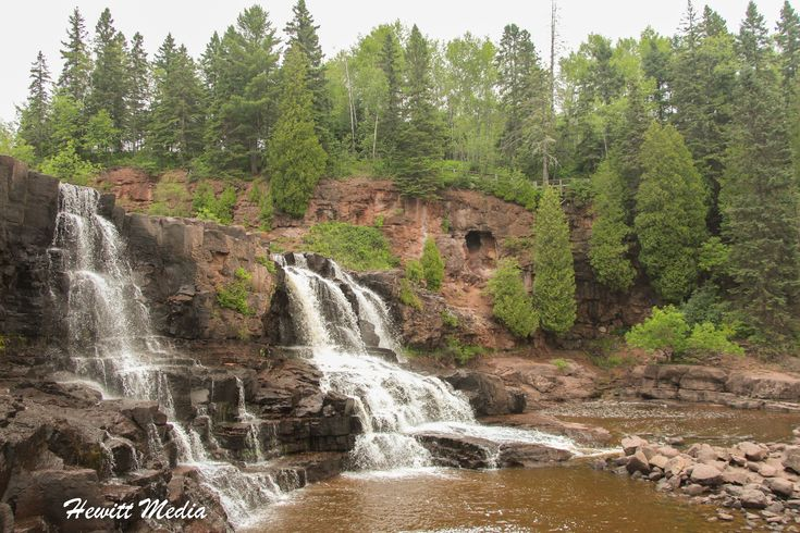 GOOSEBERRY FALLS | Located in Northern Minnesota near Lake Superior, Gooseberry Falls is a set of three waterfalls on the Gooseberry River in Gooseberry State Park.   #gooseberryfalls #waterfalls #minnesota #unitedstates #gooseberrystatepark #hiking