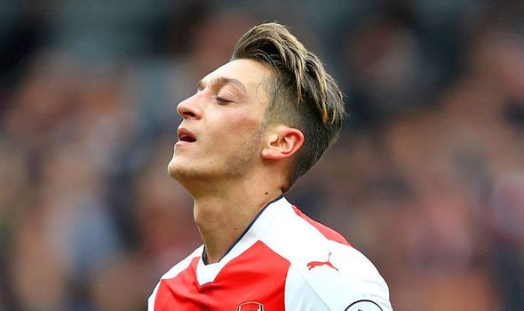 Arsenal ace Ozil slammed by former Chelsea player: He wouldn't get in Conte's team   via Arsenal FC - Latest news gossip and videos http://www.express.co.uk/sport/football/730223/Arsenal-Mesut-Ozil-Chelsea-Antonio-Conte-Jason-Cundy  Arsenal FC - Latest news gossip and videos IFTTT