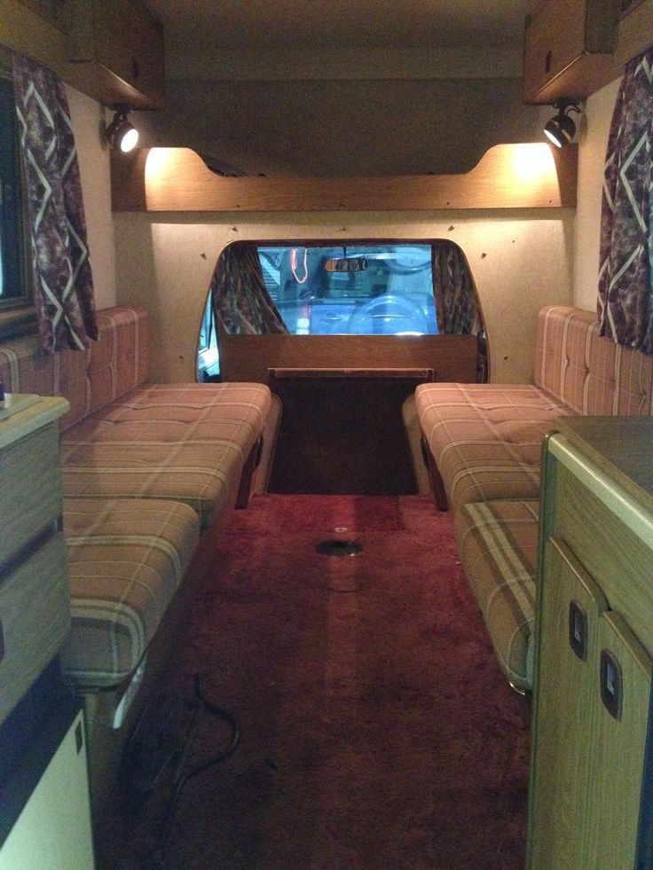Those curtains  carpet will have to go in my Bedford Bambi camper !