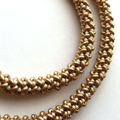 herringbone stitch necklace project that creates a smooth and sturdy beaded rope for hanging heavy beaded pendants  #Seed #Bead #Tutorials.