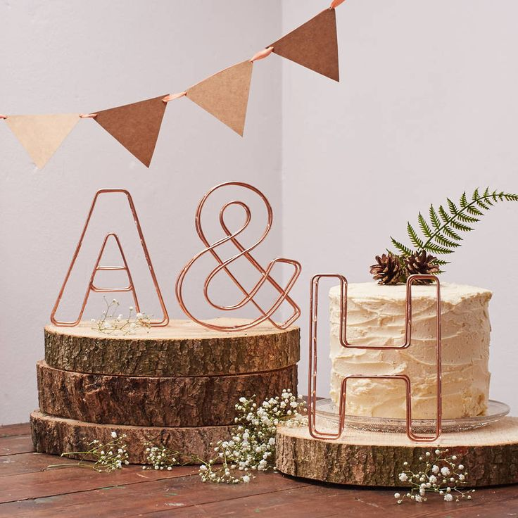 Perfect for a rustic woodland or romantic garden wedding, these initial wire letters look great at the top table.