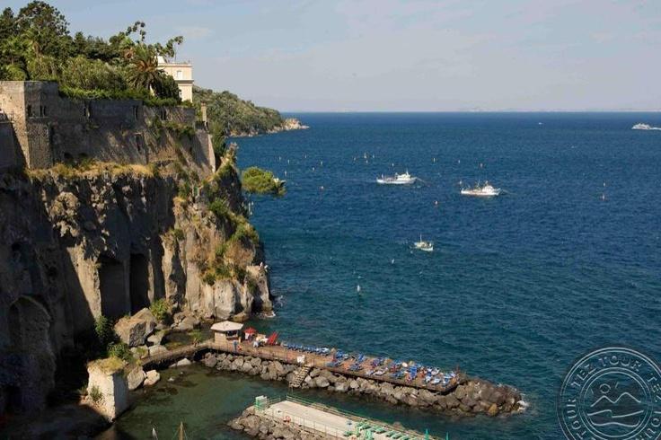 BELLEVUE SYRENE, Сорренто, Италия, описание, фотогалерея и туры в отель - TEZ TOUR