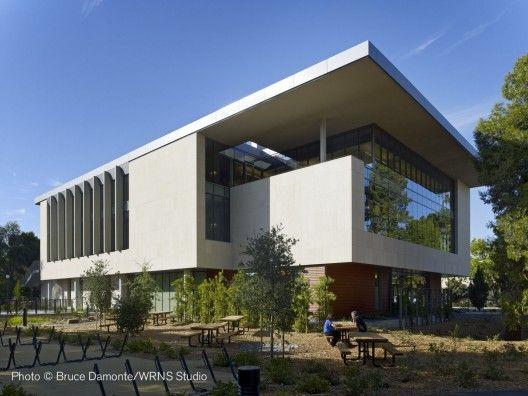 Freidenrich Center for Translational Research by WRNS Studio - California