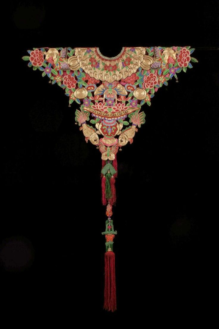 Qing Dynasty Collar (back), China. Embroidery Applique, knotting and jade. Via Deborah C's board Crafting Imagination.