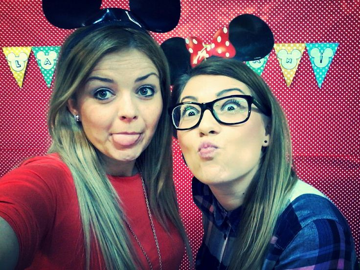 Krisz & Me preparing Mickey Mouse Party