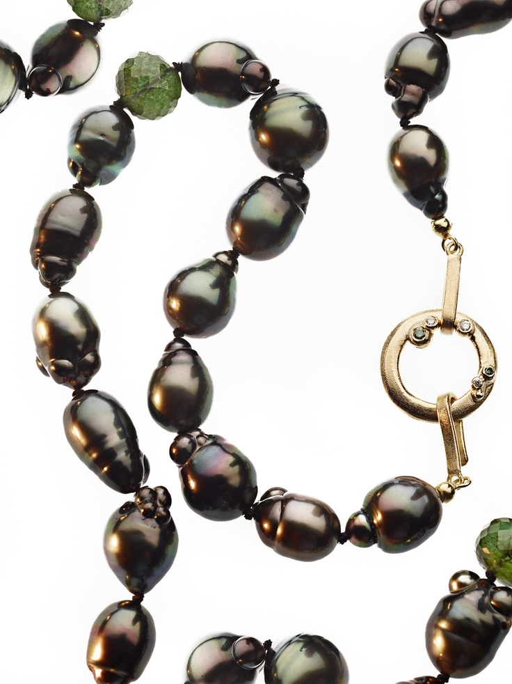 Pearls from Tahiti. Gold silver and diamonds by Milas jewellery.