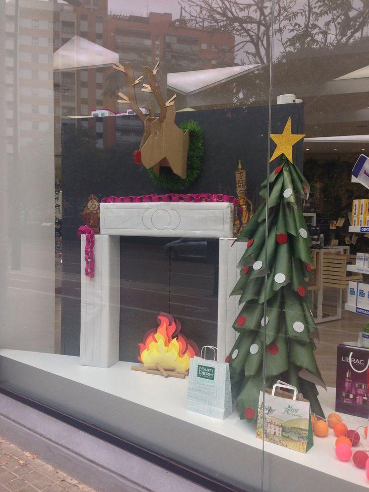 63 best escaparates farmacias images on pinterest - Ideas escaparate navidad ...