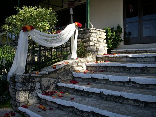 12 best wedding railing images on pinterest banisters weddings stairway wedding decoration google search junglespirit Image collections