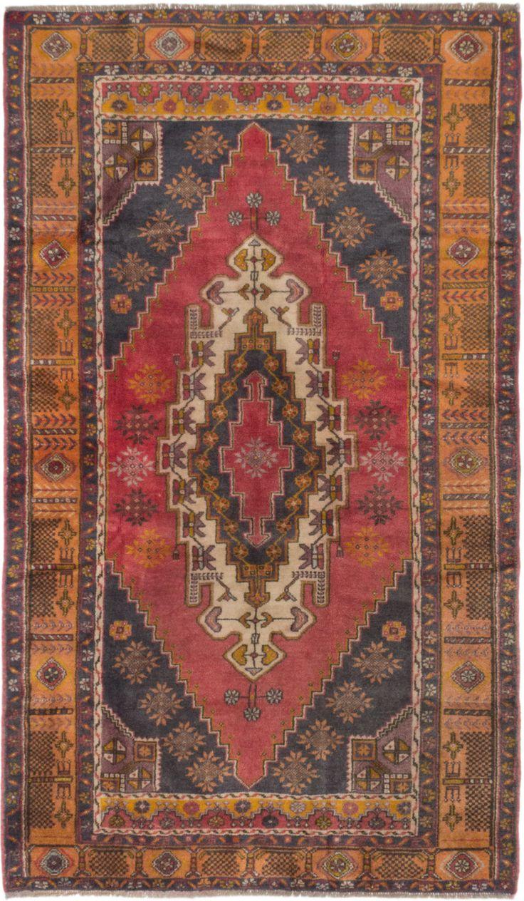 "4'9"" x 8'1"" Vintage Turkish Anatolian Rug"