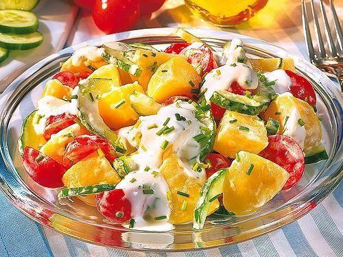 Kartoffelsalat mit Joghurt-Dressing (ohne Mayo, Essig weglassen)