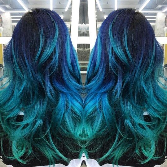from navy blue to sky blue to turquoise this stylish blue themed ombre hair color sure makes a. Black Bedroom Furniture Sets. Home Design Ideas