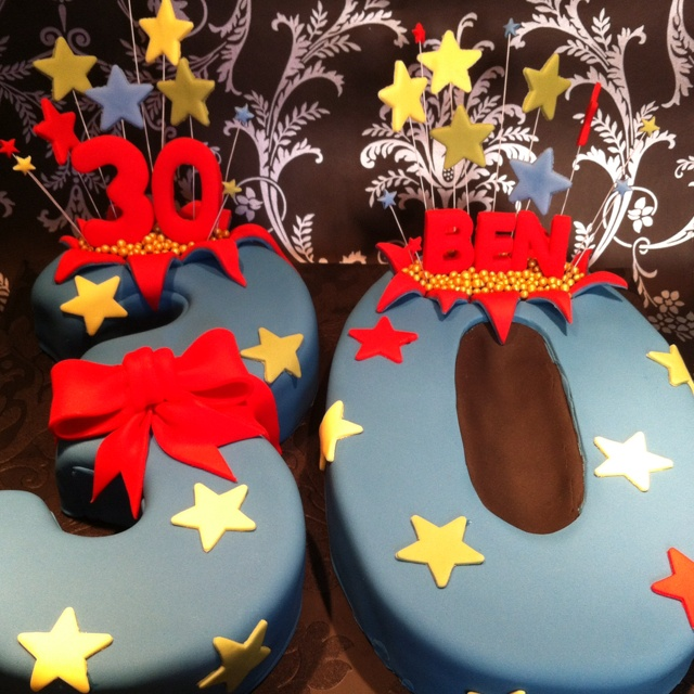 30th Birthday Cake With Star Burst Bow And 3d Number