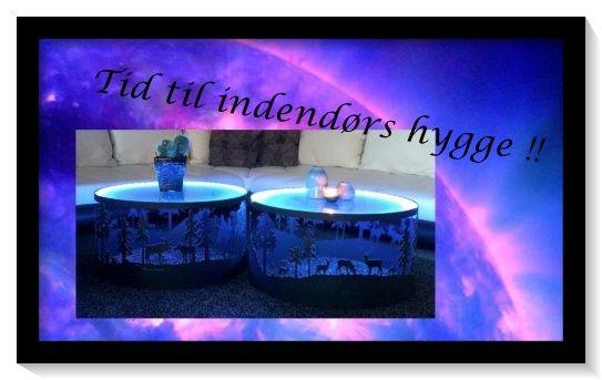 Super lækkert sofabord, med 3 vildtmotiver rundt siden. Giver en rigtigt hyggelig atmosfære, i de mørke efterårstider.  Bordpladen er skåret i 4 mm matteret glas. Under bordpladen er der monteret led-lys med flere farvevalg. Bordet måler ca 65 i diameter og 35 i højden. Behandlet med sort mat lak. Prisen er 4499.- pr stk  Bestil det på vores hjemmeside www.kragelunddesign.dk