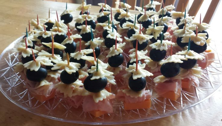 One Crazy Cookie: Ham & Cheese Pasta Salad on a Stick