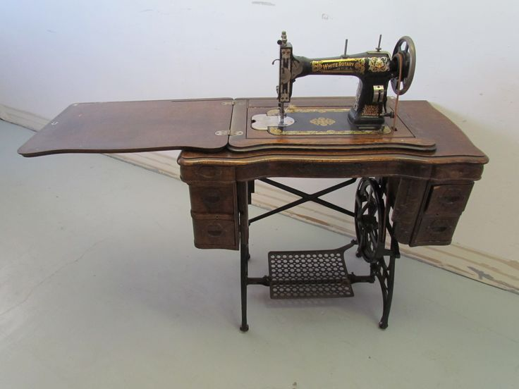 White Rotary Sewing Machine…very similar to mine. | <3 ANTIQUES ...