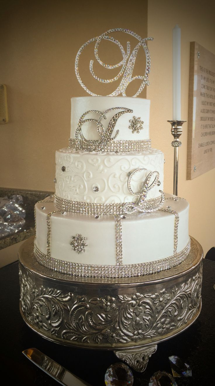 bling wedding cakes uk 17 best images about bling cakes gems on 11936