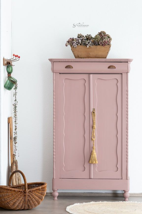 Schranke Kommoden Sundenherz Vintage Shabby Chic Alte Mobel Streichen Rosa Mobel Kreidefarbe Fur Mobel