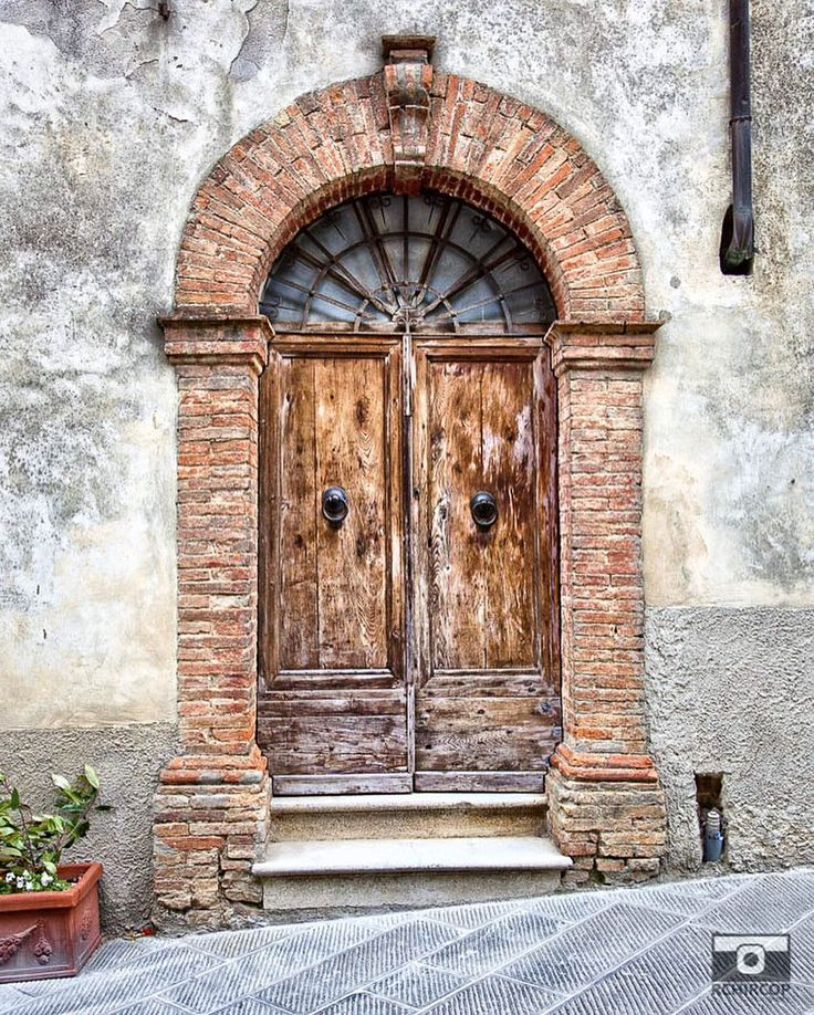 Doors around the world. #photooftheday #doors #doorsonly #abstract #architecture #rural #oldwoodendoors #woodendoors #followme #follow4follow #followforfollow #secretsbehinddoors #doorsoftheworld #streetphotography #doorscollection #etsy #share #canvas #prints #printsforsale #etsyfinds #etsyprints #etsyseller