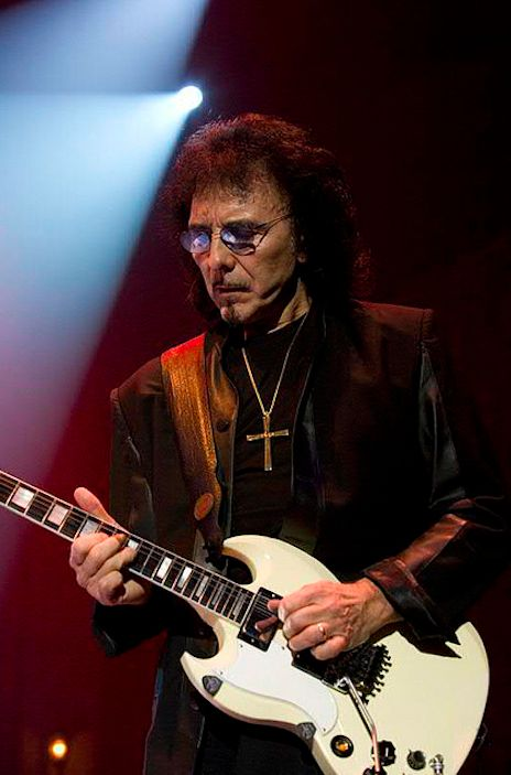 Tony Iommi (Black Sabbath) the father of heavy metal guitar. Totally awesome guitarist !!!!!