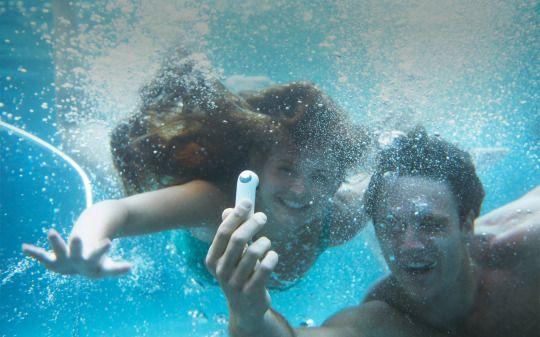 Cu HTC Re Camera poți capta imagini în condiții extreme, chiar și sub apă. Surprinde fotografii la o rezoluție de 16MP și filmează la calitate HD. Comandă acum de la #QuickMobile: www.quickmobile.ro