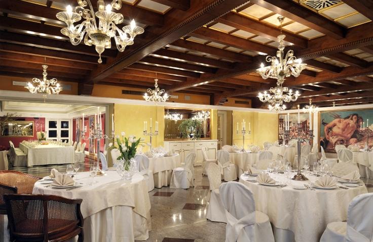 Dogi + Tiziano restaurant room - Relais Villa Fiorita - www.villafiorita.it