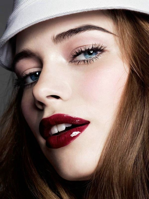 25 Glamorous Makeup Ideas with Red Lipstick | Cherries ...